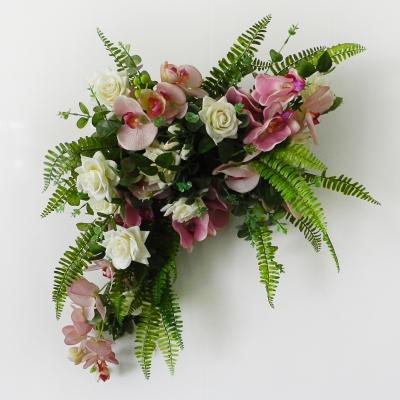 Композиция для арки Орхидеи и розы