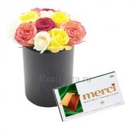 13 роз в коробочке + шоколад Merci